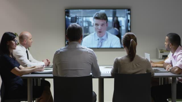 クライアントでビデオ会議を有する ds チーム - 代表点の映像素材/bロール