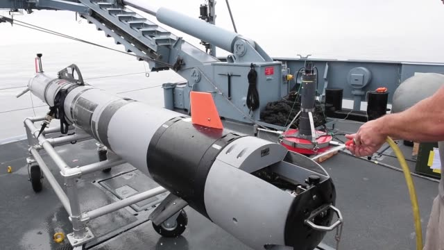 a team of researchers from the us office of naval research and german naval research aboard the multipurpose support ship fsg konsort conduct mine... - underwater stock videos & royalty-free footage