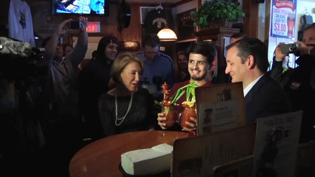 ted cruz and carly fiorina lunch at sobelman's pub and meet wisconsin supporters, including a first-generation american woman of puerto rican... - puerto rican ethnicity stock videos & royalty-free footage