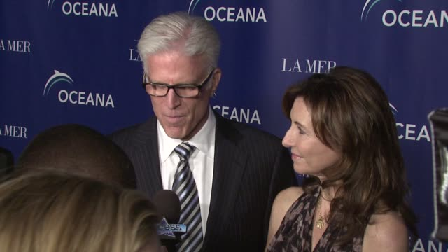 ted danson and mary steenburgen at the oceana's annual partners award gala honoring former president bill cli at los angeles ca - oceana stock videos & royalty-free footage