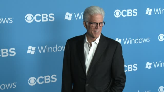 ted danson at cbs 2012 fall premiere party on 9/18/2012 in west hollywood, ca. - テッド・ダンソン点の映像素材/bロール