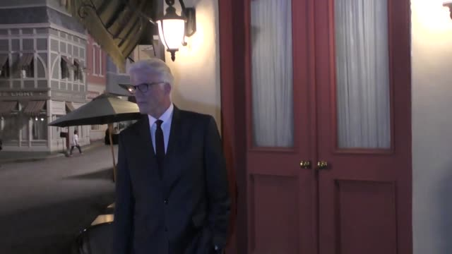 ted danson attends 'the good place' 'for your consideration' screening and q&a at the universal studios backlot in universal city at celebrity... - テッド・ダンソン点の映像素材/bロール
