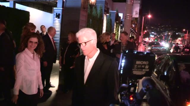 ted danson greets fans the cbs 2012 fall premiere party in west hollywood, 09/18/12 - テッド・ダンソン点の映像素材/bロール