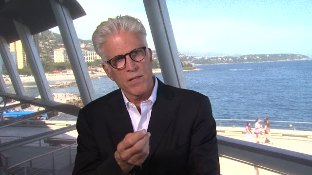 ted danson on what's coming up on csi's next season at the 52nd annual monte carlo television festival interview: ted danson on what's coming up on... - テッド・ダンソン点の映像素材/bロール