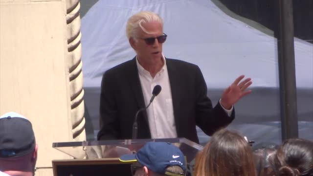 ted danson speaks at seth macfarlane's star ceremony on the hollywood walk of fame in hollywood in celebrity sightings in los angeles, - テッド・ダンソン点の映像素材/bロール