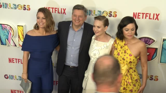 """ted sarandos, kay cannon, britt robertson and sophia amoruso at the """"girlboss"""" los angeles premiere at arclight cinemas on april 17, 2017 in... - arclight cinemas hollywood stock-videos und b-roll-filmmaterial"""