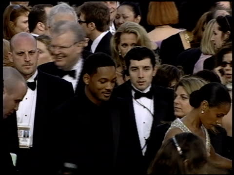 vidéos et rushes de ted turner at the 2004 academy awards arrivals at the kodak theatre in hollywood, california on february 29, 2004. - 76e cérémonie des oscars