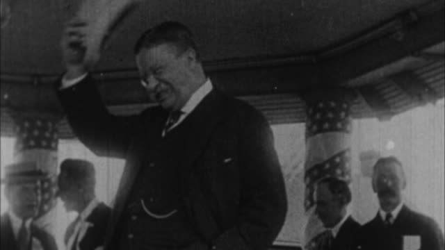 teddy roosevelt in grandstand / usa - theodore roosevelt us president stock videos & royalty-free footage