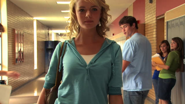 teen girl walking down school hallway - see other clips from this shoot 1148 stock videos & royalty-free footage