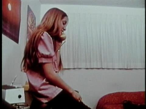 1973 zi cu teenage girl talking on phone, los angeles, california, usa / audio - landline phone stock videos & royalty-free footage