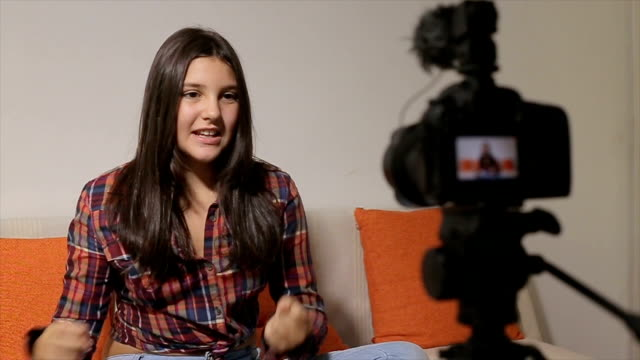 teenage lifestyle-vlogging - filming stock videos & royalty-free footage