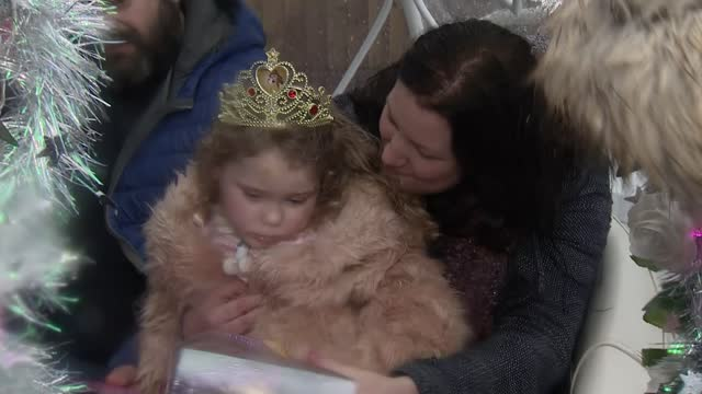 teenager raised money by dancing to help raise funds for five-year-old girl; england: ext horse drawn carriage along chloe askew and teresa cotterell... - primary age child stock videos & royalty-free footage