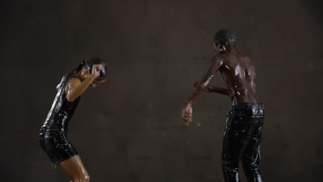dancing-topless-video-on-ipod