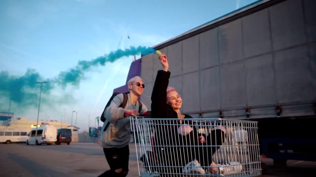 teens in exciting ride with shopping cart - generation z stock videos & royalty-free footage