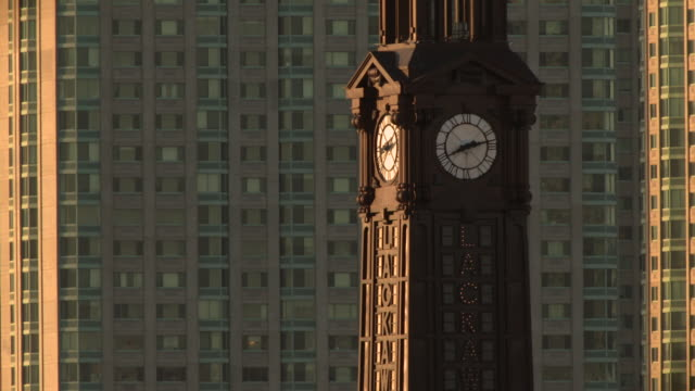 "telephoto shot of the clocktower at the hoboken ferry station ""lackawana"" - turmuhr stock-videos und b-roll-filmmaterial"