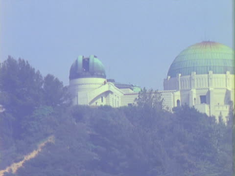 ws telescope dome rotating on griffith observatory / los angeles, california, united states - 1960 stock videos & royalty-free footage