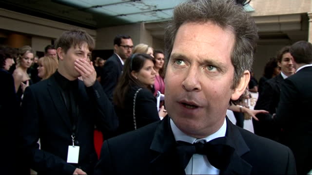 vidéos et rushes de red carpet arrivals tom hollander interview sot on another series of the rev having been commissioned / on having no idea about television reality... - steve coogan