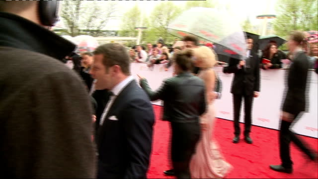 Red carpet arrivals Sarah Millican interview SOT / Dermot O'Leary interview SOT / unidentified man singing autographs / Tamsin Greig along / Charles...