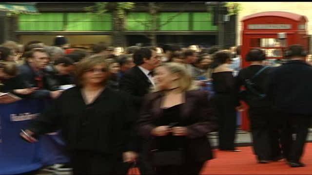 television awards: red carpet interviews; england: london: the london palladium: tom bradby walking along, bradby speaking to press sot kacey... - 凱文·沃特利 個影片檔及 b 捲影像