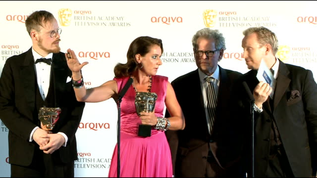 "stockvideo's en b-roll-footage met television awards: interviews with winners; actress sidse babett knudsen and others involved in danish political drama ""borgen"", which won the bafta... - soapserie"