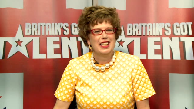 britain's got talent: lorraine bowen interview; lorraine bowen interview and playing keyboard sot - britain's got talent stock-videos und b-roll-filmmaterial