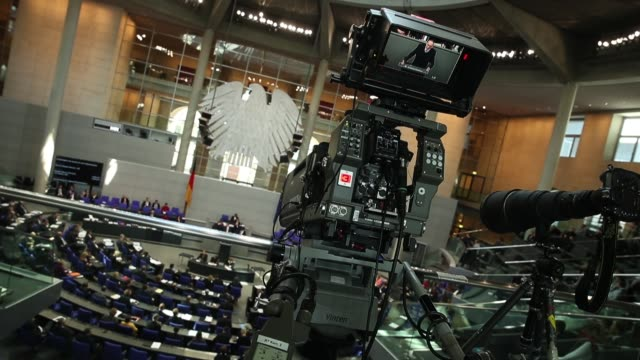 a television camera films a session of the bundestag the german parliament on march 1 2018 in berlin germany german authorities announced yesterday... - apt stock videos and b-roll footage