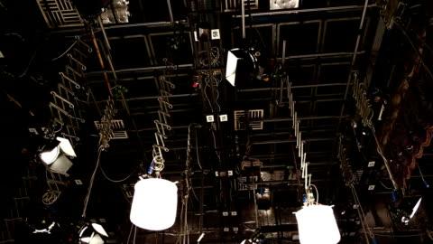 vídeos y material grabado en eventos de stock de anuncio de televisión: registro de producción de programas de televisión - group of objects