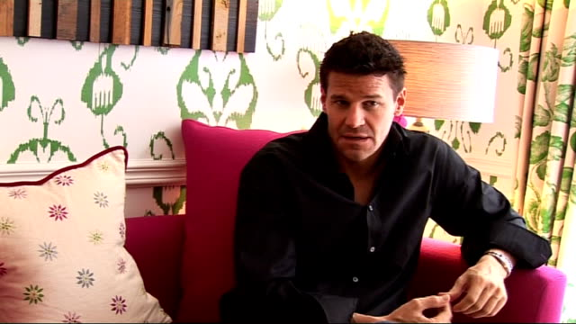 David Boreanaz interview David Boreanaz interview continues SOT The relationship between Booth and Bones / character chemistry on and off set /...