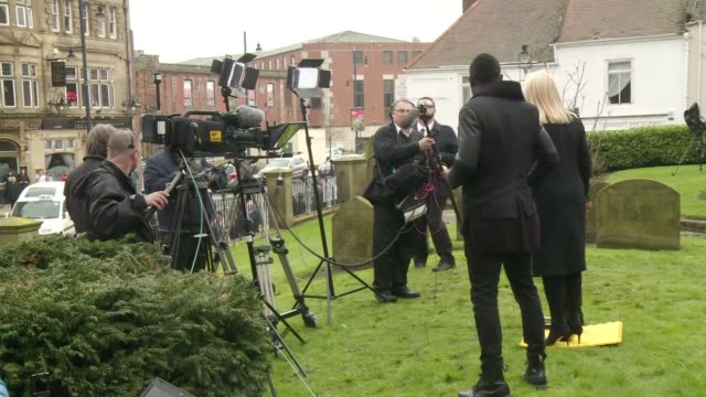 funeral of this morning agony aunt denise robertson rear view of 'this morning' tv presenters holly willoughby and phillip schofield presenting 'this... - phillip schofield stock videos & royalty-free footage