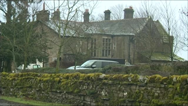 jeremy clarkson sacked by bbc; lib yorkshire: ext various shots of simonstone hall country house hotel - ジェレミー クラークソン点の映像素材/bロール
