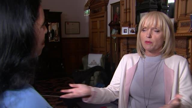 kay mellor interview about creating drama 'girlfriends' reflecting women of a 'certain age'; england: int miranda richardson interview sot - ミランダ リチャードソン点の映像素材/bロール