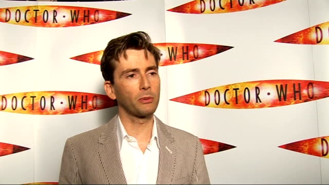 launch of second dr who special; - talks of the challenging aspects of the new episode / talks of his new companion / talks of what is different... - ドクター フー点の映像素材/bロール