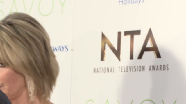 national television awards 2017 winners' room television national television awards 2017 winners' room 'call the midwife' cast interview sot / eamonn... - phillip schofield stock videos & royalty-free footage