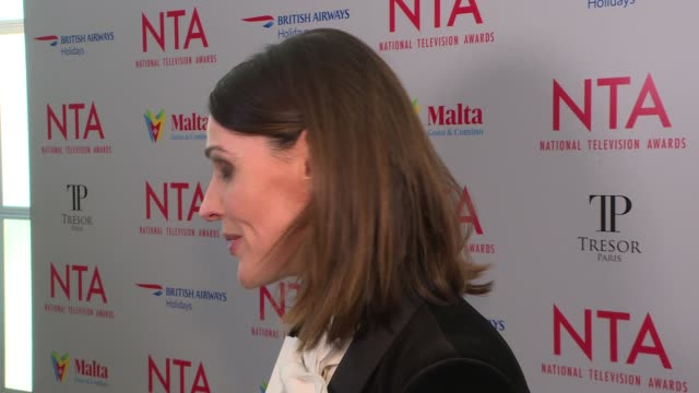 national television awards 2018 red carpet and winners' room sir david attenborough interview sot / suranne jones interview sot / emmerdale cast iv /... - paul o'grady stock-videos und b-roll-filmmaterial