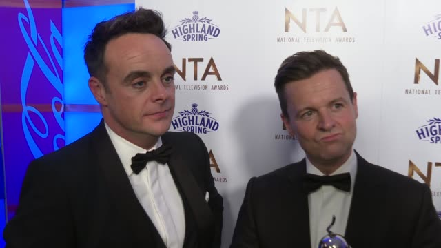 vídeos y material grabado en eventos de stock de national television awards 2020 winner's room interviews england london greenwich o2 arena int anthony mcpartlin and declan donnelly interview sot / - declan donnelly