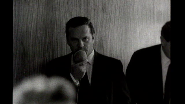 television news pioneer dies; rhodesia: excerpt itn report from on minority rule featuring ian smith - トレバー マクドナルド点の映像素材/bロール