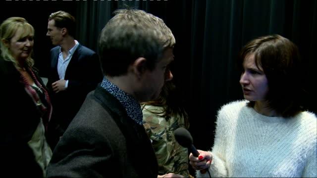 vídeos de stock, filmes e b-roll de sherlock interviews gvs benedict cumberbatch chatting / martin freeman chatting / mark gatiss / gvs posters / - martin freeman