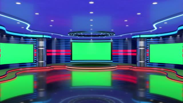 テレビスタジオ、バーチャルスタジオセット。グリーンスクリーン合成に最適です。移動と画面抽出に使用するトラッキング マーカー。 - 画面点の映像素材/bロール