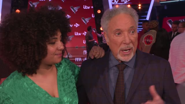 'the voice uk': final interviews with judges and contestants; sir tom jones and ruti olajugbagbe interview sot / olly murs and lauren bannon... - spielkandidat stock-videos und b-roll-filmmaterial