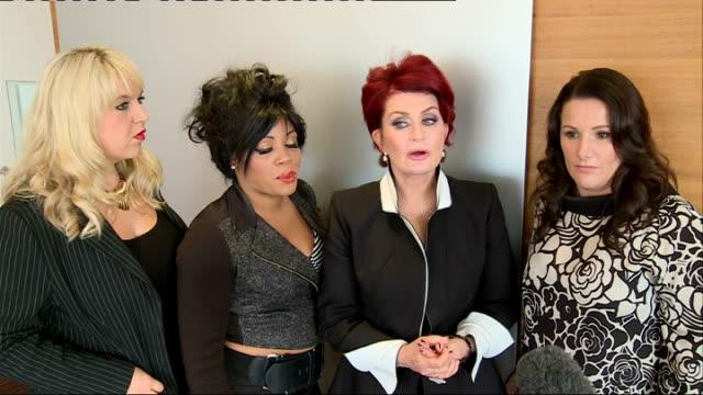 stockvideo's en b-roll-footage met 'the x factor': sharon osbourne and contestants interview; england: london: int sharon osbourne and x factor contestants shelley smith, lorna simpson... - spelkandidaat