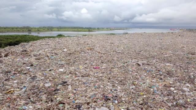 Tempat Pembuangan Akhir (TPA) Suwung - Trash Hill Serangang Bali