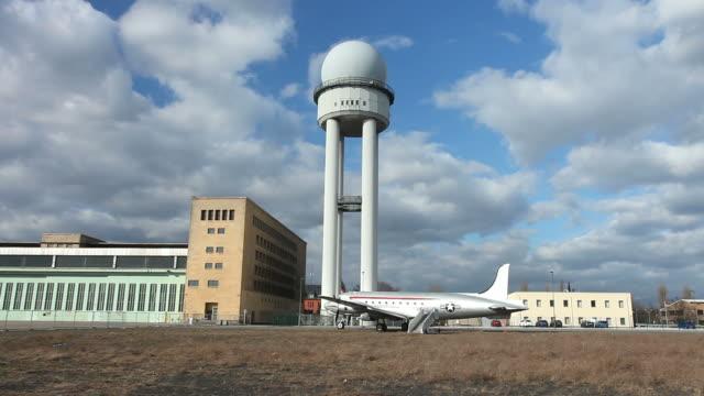 tempelhof airport, berlin - time lapse - 1937 stock videos & royalty-free footage