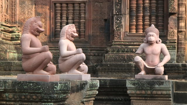 ms pan temple banteay srei, angkor vat, siem reap, cambodia - animal representation stock videos & royalty-free footage