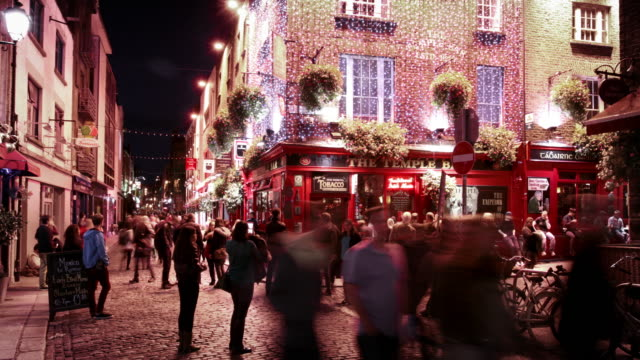 temple bar district, dublin, ireland - pub stock videos & royalty-free footage