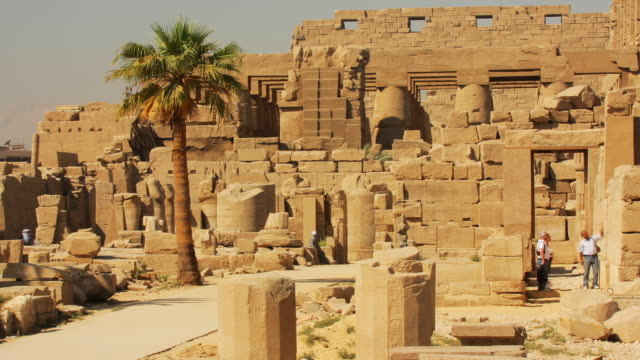 t/l, ms, temple of amun-re at karnak, egypt - temples of karnak stock videos & royalty-free footage