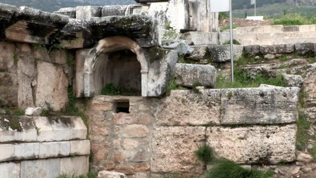 stockvideo's en b-roll-footage met temple of apollo, plutonium, pamukkale (hierapolis), turkey - plutonium