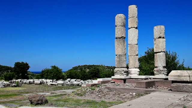 HD: Temple of Apollon Smintheus, Canakkale, Turkey
