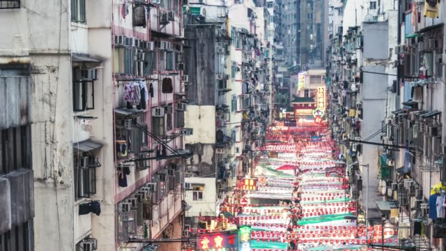t/l pan temple street night market / hong kong - temple street market stock videos and b-roll footage