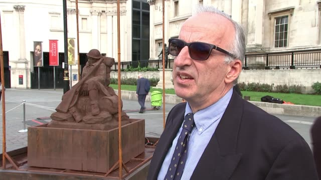 temporary trafalgar square statue commemorates battle of passchendaele jonathan riversdale monckton interview sot - itv london lunchtime news stock-videos und b-roll-filmmaterial