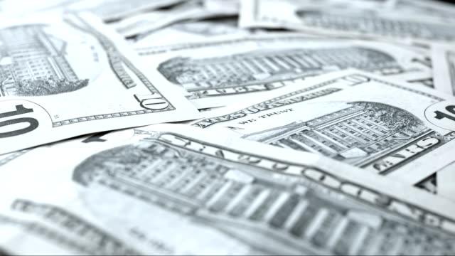 banconote da 10 dollari - banconota da 10 dollari statunitensi video stock e b–roll
